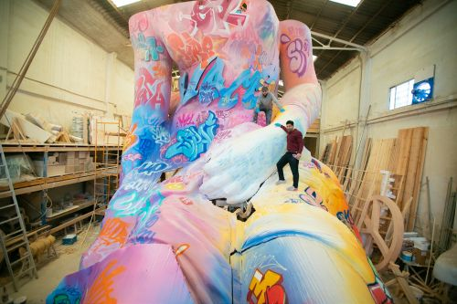 PichiAvo Pushes the Boundaries of their Urbanmythology Style with New Solo Exhibition and Graffiti-Covered Greek Statue