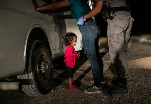 Photo of 'Crying Girl on the Border' Wins World Press Photo 2019
