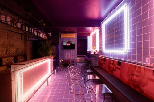 How Neon Lighting Shapes Architecture