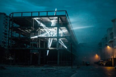 Crossconnectmag: Artist Jun Ong has implanted a glowing star