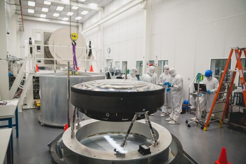 This is the World's Largest Optical Lens: It's 5 Feet Wide and Took 5 Years to Make