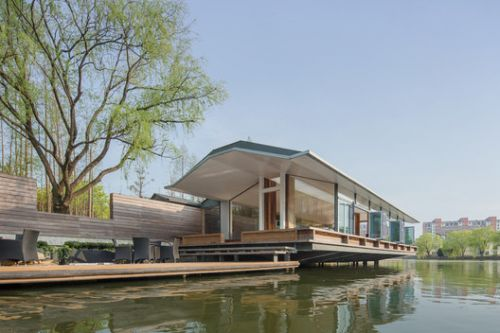 Deep Dive Rowing Club / Scenic Architecture Office
