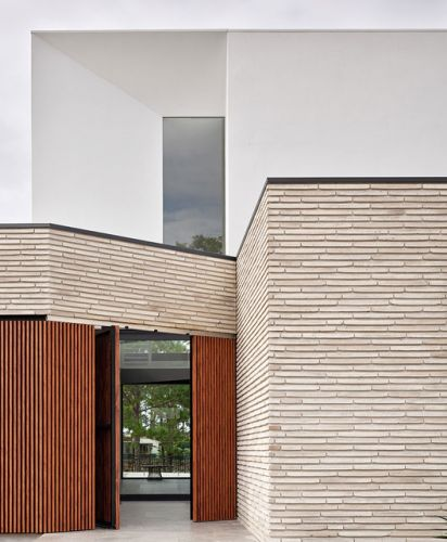 The Versatility and Structural Integrity of Extra-Long Brick Finish