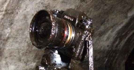 I Dropped My Camera in Crude Oil. and It Survived