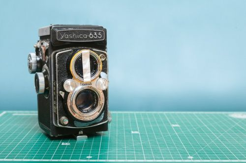A Simple Hack for Easier Focusing with TLR Cameras