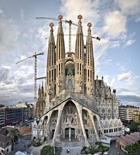 Sagrada Família to Pay Off $41 Million Debt to Barcelona for Building Permits
