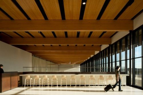 6 Airport Interiors that Enhance Traveling Experience
