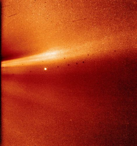 This is the First Photo Shot Inside the Sun's Corona