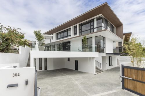 Cuenca House / ONG&ONG