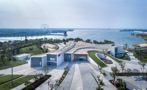 Tianyi Lake Dream Town / iDEA