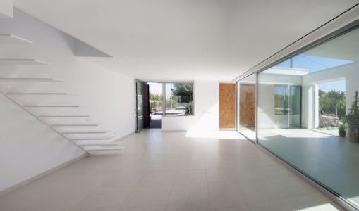 Small House for a Large Family / La Mirateca