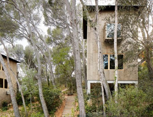 Raw Materials: 8 Wooden Houses from Spain