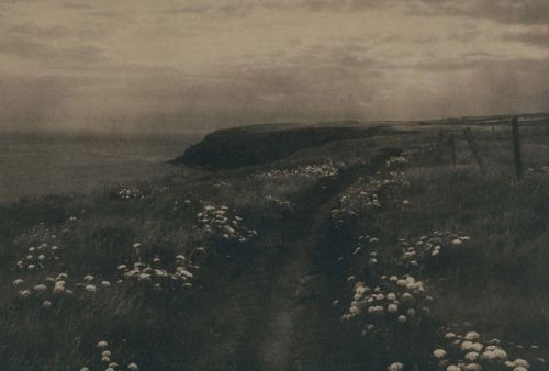 These Photos Show the Trails Used by Irish Catholics to Reach 'Secret Masses'