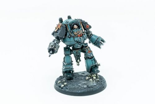 Showcase: Sons of Horus Contemptor Dreadnought by Silvernome
