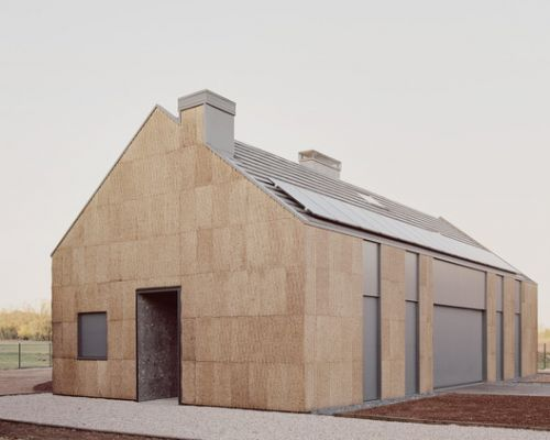 The House of Wood, Straw and Cork / LCA architetti
