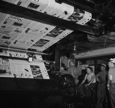 Beautiful Photos From 1942 Show the Making of the New York Times