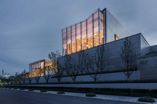 Yuanlu Community Center / Challenge Design
