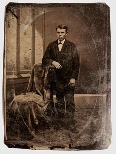 $10 eBay Photo Turns Out to be Outlaw Portrait Valued at $2,000,000+