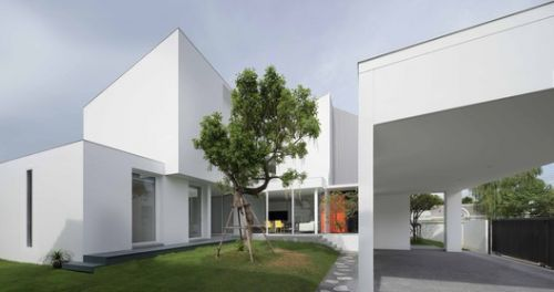 White Box / Ayutt and Associates Design