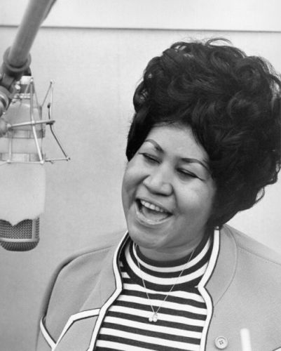 Dead at 76, Aretha Franklin