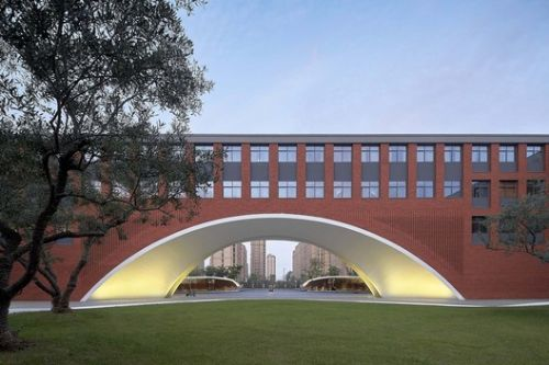 Hangzhou Olive Tree School / YCA