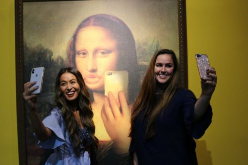 There's Now a Museum of Selfies in Hollywood