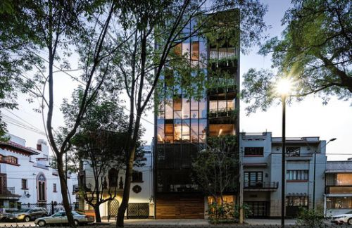Torre 61 Office Building / JJRR/Arquitectura