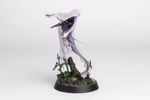 WIP: Nighthaunts Myrmourn Banshees / Lady Harrow's Sorrowflight 1