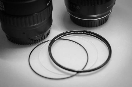 A $6 IKEA Desk Pad Can Help Remove Stuck Lens Filters