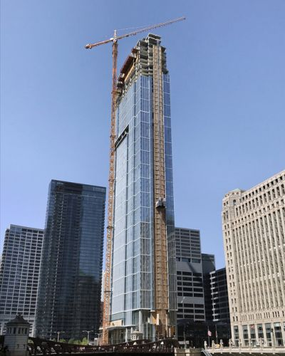 Pelli Clarke Pelli's Wolf Point East Topped Out