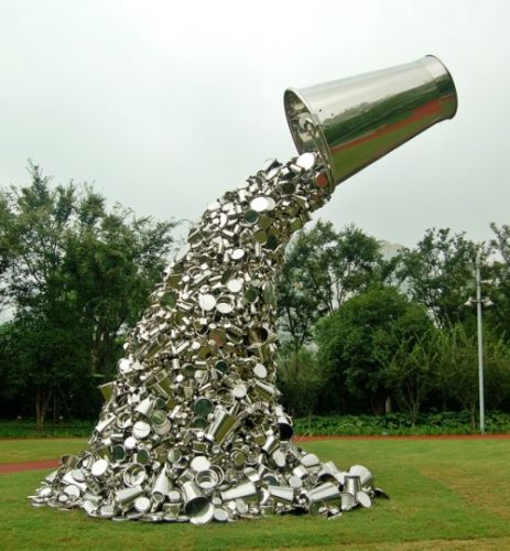 Crossconnectmag: Sculptural Installations with Stainless Steel