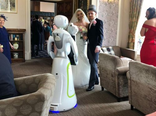 This Robot Photographer Just Shot Her First Wedding