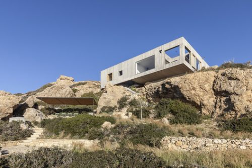 Patio House / OOAK Architects