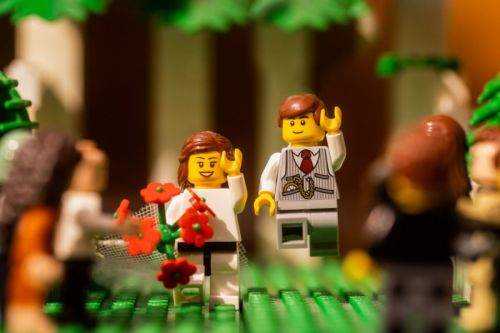 Isolated Photographer Shoots LEGO Wedding to Stay Creative