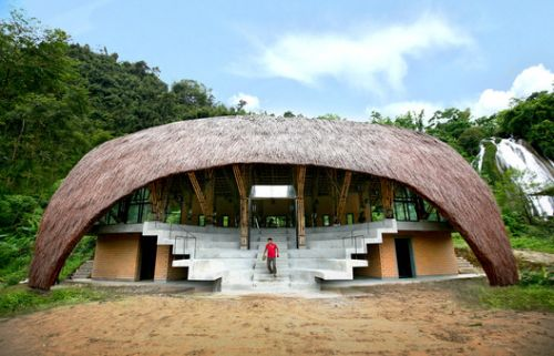 A Look into Vietnamese Vernacular Construction: 1+1> 2 Architect's Rural Community Houses