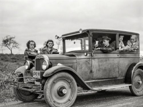 The Family Bus: 1941
