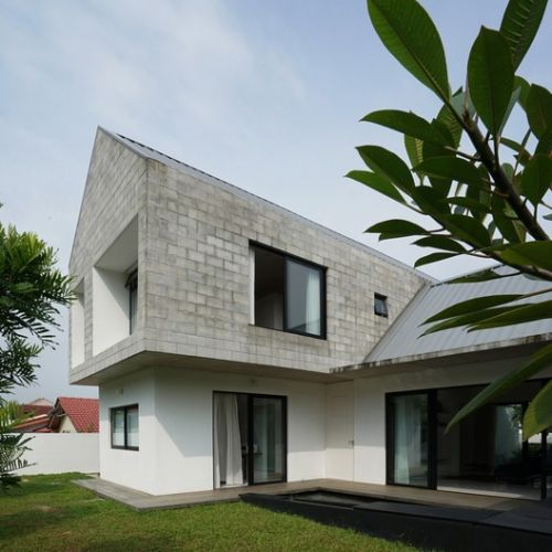 Knikno House / Fabian Tan Architect