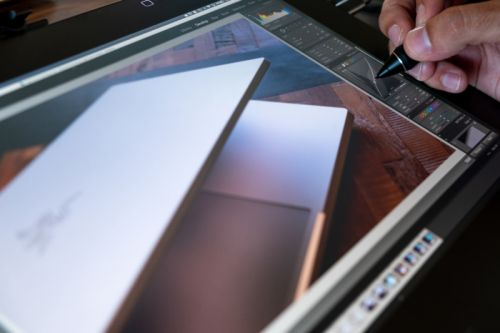Pen Tablet vs Pen Display: Which One is Better for Photo Editing?