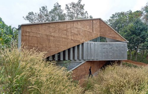 Shikhara House / Wallmakers