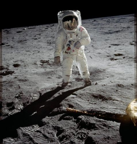 Why You'll Never Find a Camera That's Been to the Moon on eBay