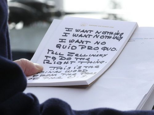 How That Viral 'Trump's Notes' Photo Was Shot