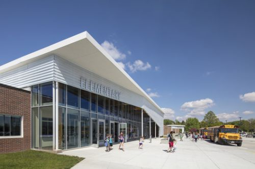 Wisner-Pilger Public Schools Addition / BVH Architecture