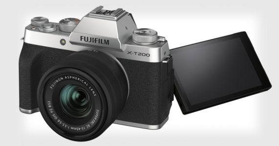 Fujifilm Launches Mid-Range X-T200 and Affordable XC 35mm f/2 Lens
