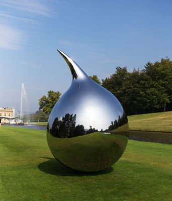 Sculptures by Richard HudsonRichard Hudson b. 1954, Yorkshire