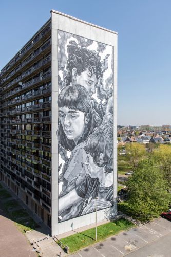 Illustrative Murals in Shades of Grey by Paola Delfín Characterize Human Bonds