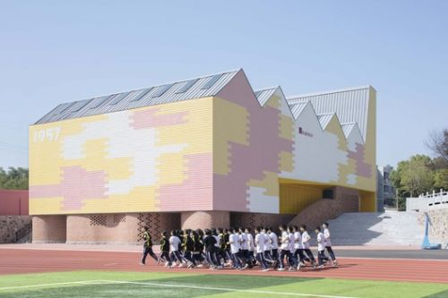 Indoor Playground of Yueyang County No.3 Middle School / SUP Atelier