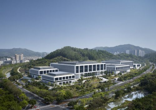 China Southern Power Grid Green Campus Offices / von Gerkan, Marg and Partners Architects