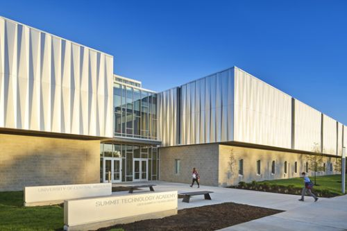 Missouri Innovation Campus / DLR Group