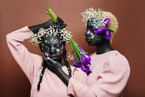 Flower-Filled Portraits by Diaja Celebrate Natural Beauty in the African Diaspora