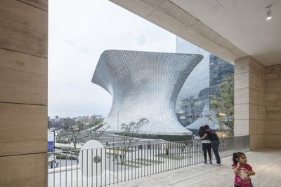 FR-EE's Museo Soumaya Photographed by Laurian Ghinitoiu